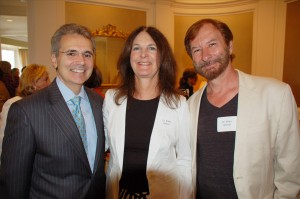 Dr. Ronald DePinho with Dr. Kathleen Mahon and Dr. Milan Jamrich